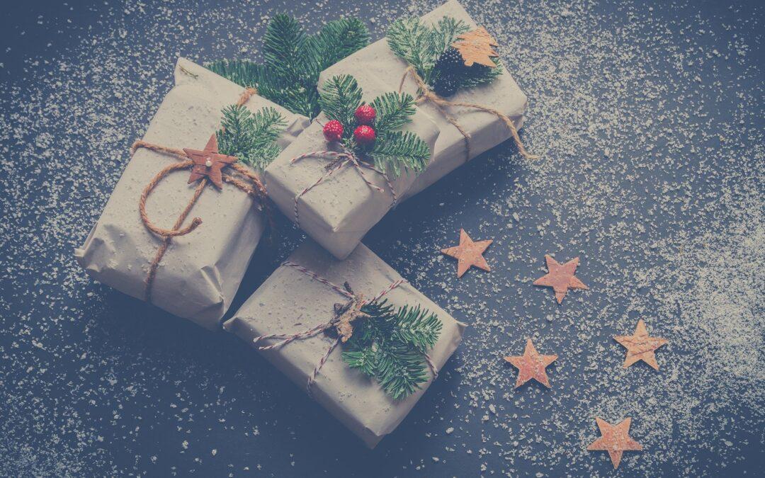 Regali di Natale e consigli per riciclare senza farsi beccare
